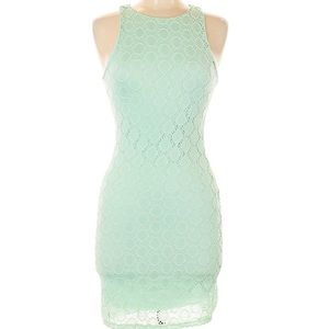 Everly lace mint green bodycon dress